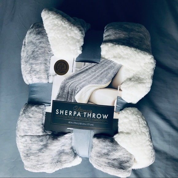 Other - Sherpa Throw Blanket